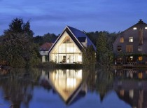 A House in a Church / Ruud Visser Architecten
