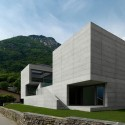 House in Lumino / Davide Macullo Architects