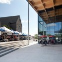 Mont-Laurier multifunctional theater / Les architectes FABG