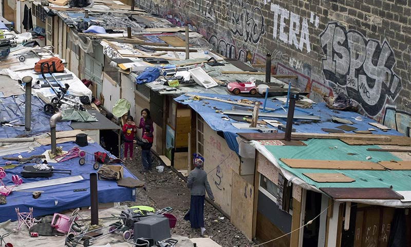 Life in the new shanty town taking root on Paris's abandoned railway