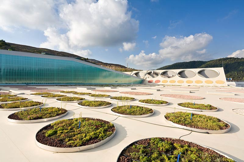 Waste treatment facility from vallès occidental / batlle and roig architects