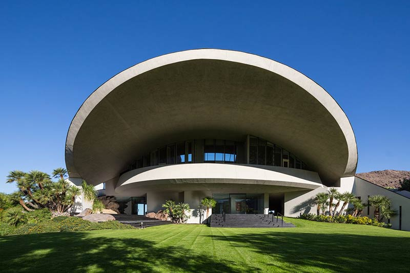 The modernist fun palaces of Palm Springs