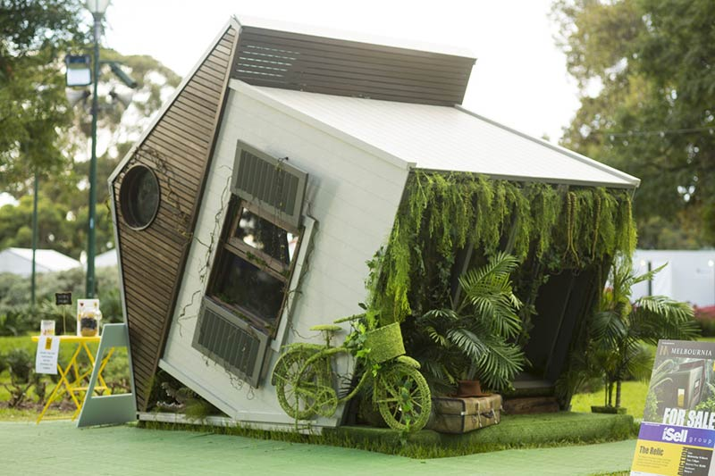 Architect-designed cubby house wins big for Melbourne Youth homelessness charity