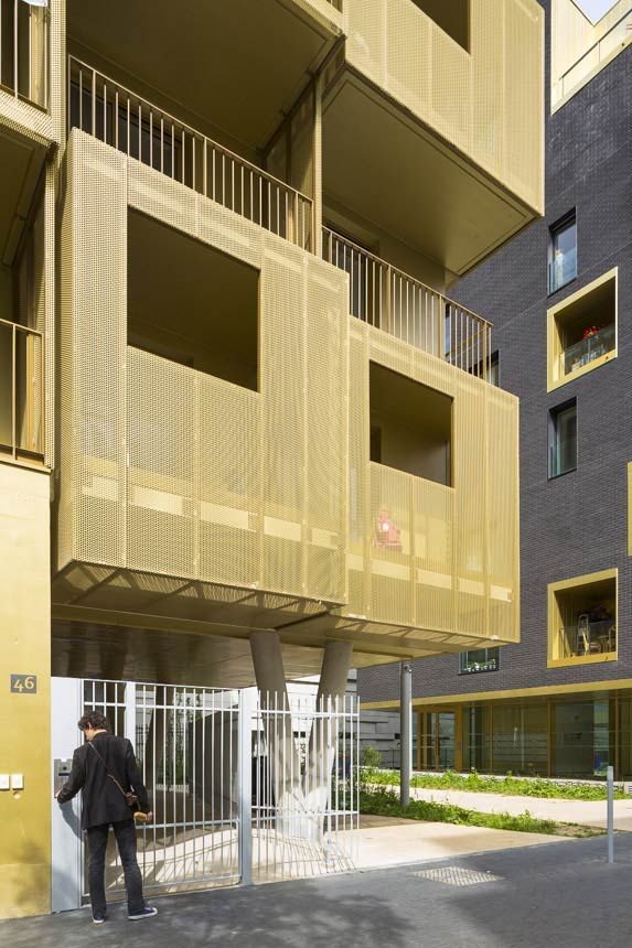 156 Student Housing Units / Hamonic + Masson & Associés