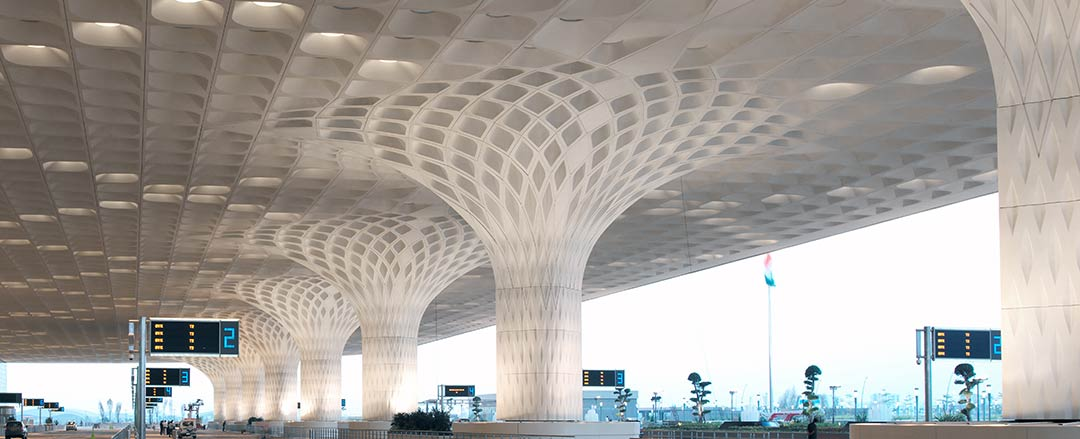 Chhatrapati Shivaji International Airport Terminal 2 / SOM