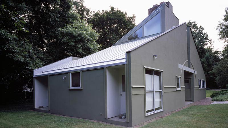 Can Vanna Venturi House and other landmark homes survive the test of new owners?