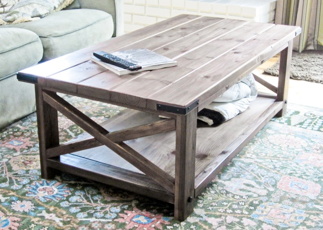 10 Splendid DIY Coffee Table Designs For Your Living Room