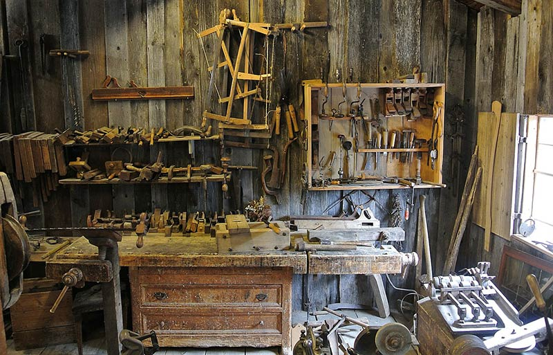 How to Prevent Fire Accidents at Your Workshop – An Essential Guide for Woodworkers