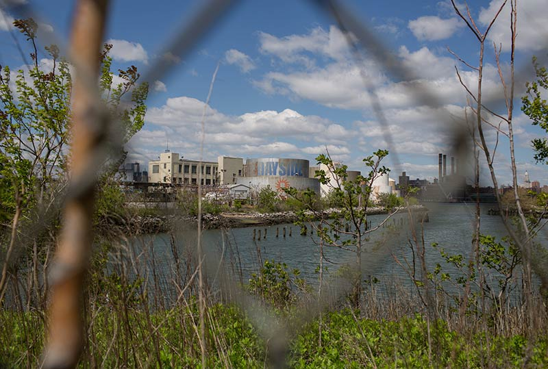 Disparate Visions for a Brooklyn Park: Dismantle Industrial Ruins, or Preserve Them