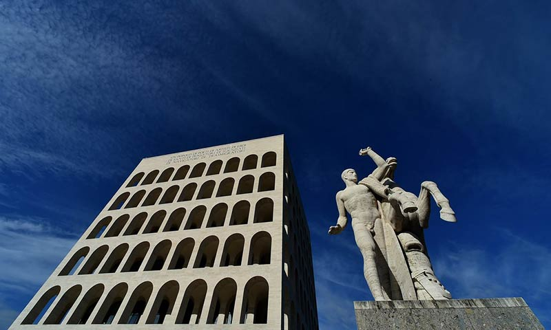 'The dictator who failed to dictate': free-range architecture under Mussolini