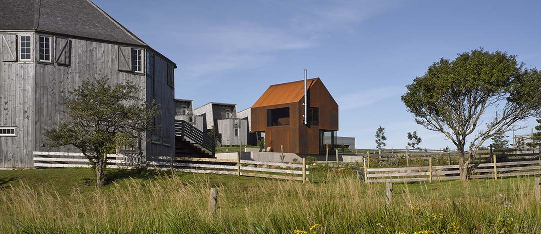Enough House / MacKay-Lyons Sweetapple Architects