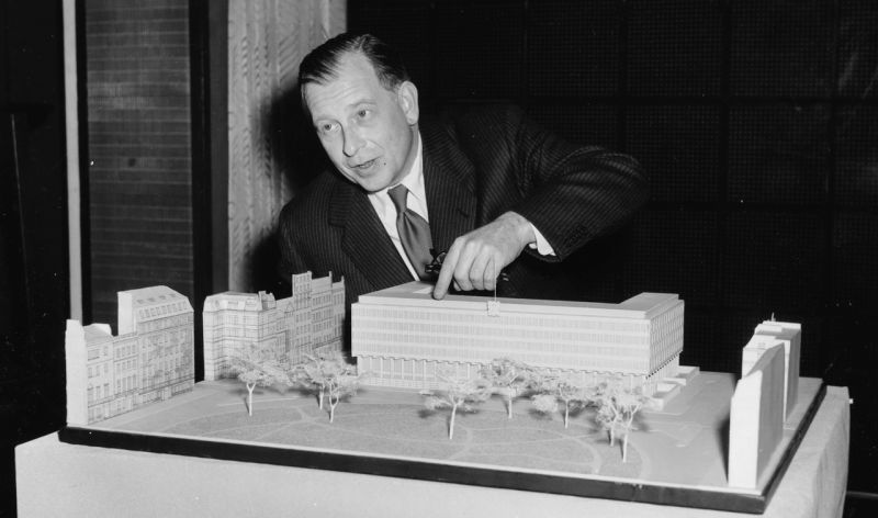 Eero Saarinen designed Weapons and 'Devices' for the CIA