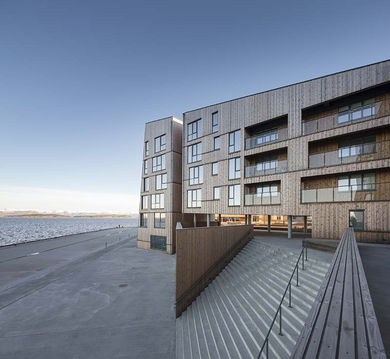 The Waterfront / AART architects