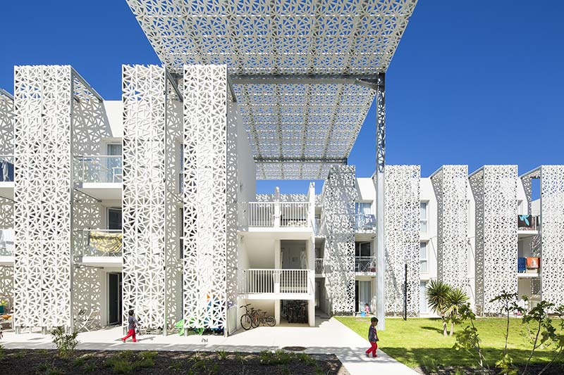 Nakâra Residential Hotel / Jacques Ferrier Architecture