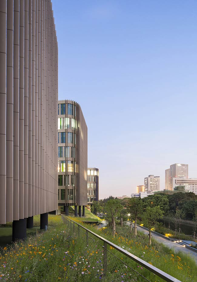 Yidian Office Complex / Jacques Ferrier Architecture