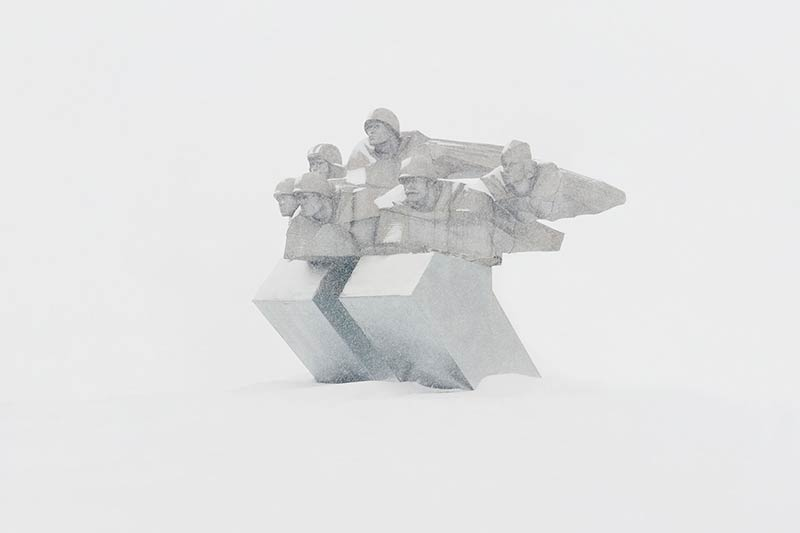 Snow ghosts: Haunting images of derelict Soviet infrastructure