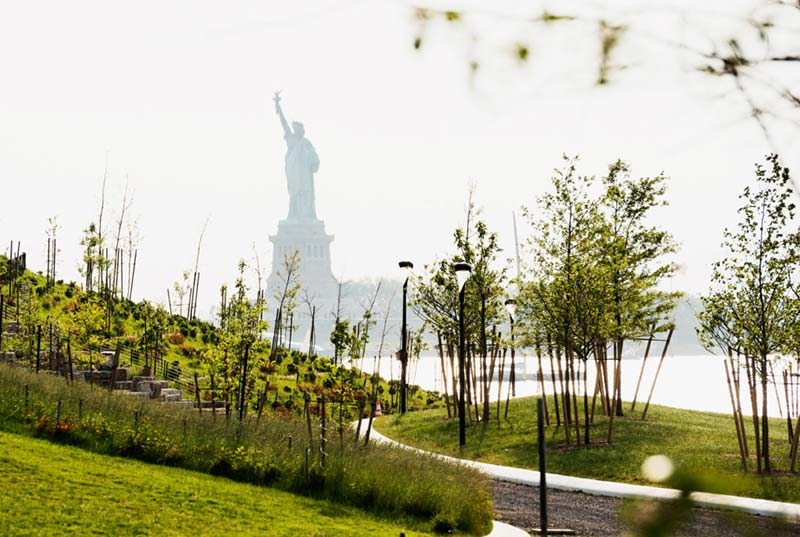 NY's Clever New Park Will Weather Epic Storms and Rising Seas