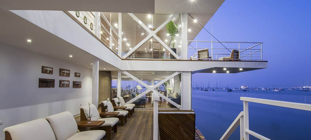 The Yacht Club of La Punta / Lores STUDIO Architects
