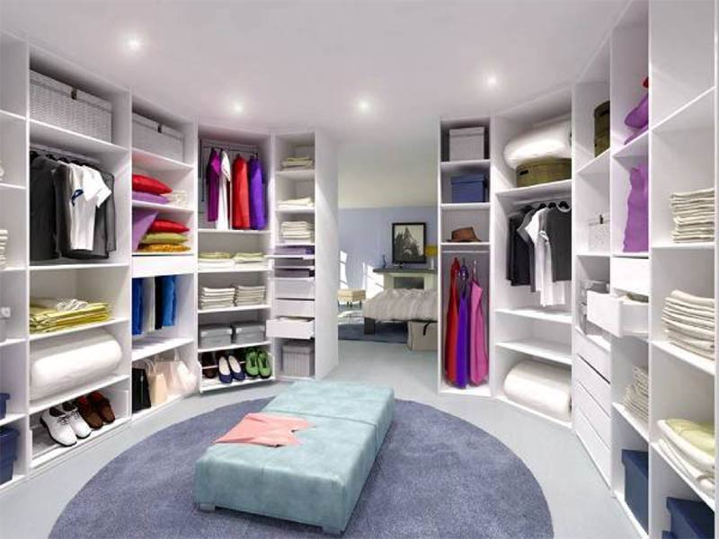 Give Your Mornings a Touch of Luxury with a Walk in Closet