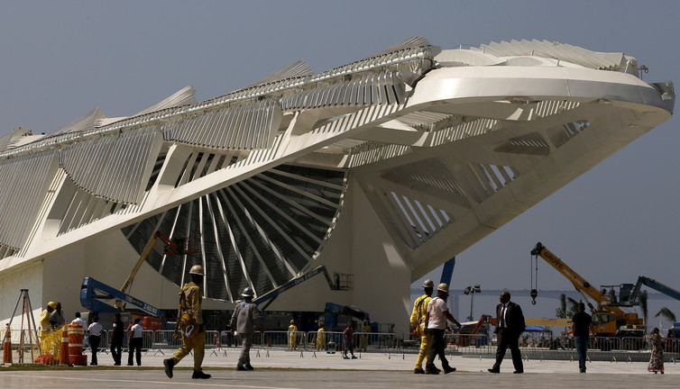 As the Olympics approach, stains on Rio's architecture, infrastructure