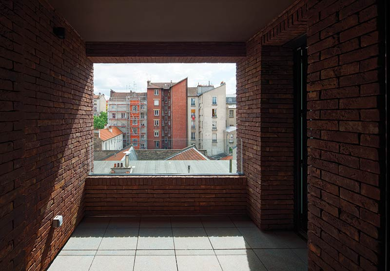 38 Social Housing Units & a Retails Space / Avenier Cornejo