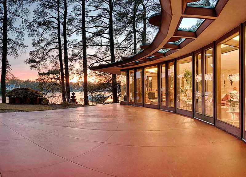 Now Available on Airbnb: Frank Lloyd Wright