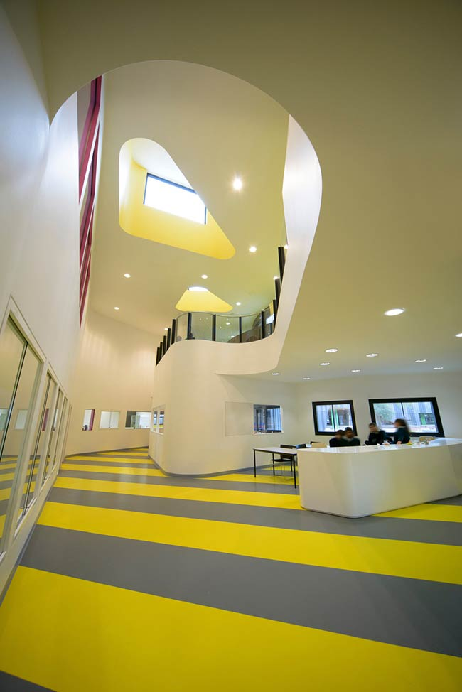 The Infinity Centre, Penleigh and Essendon Grammar Senior School / McBride Charles Ryan