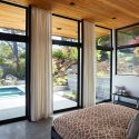 Glass wall house / klopf architecture