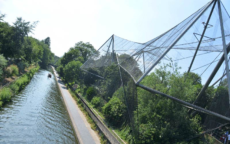 Foster + Partners to refurbish ZSL London Zoo's Snowdon Aviary
