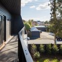 The Corner House / Poly Studio