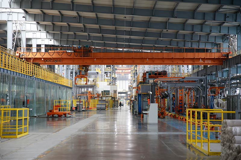 Benefits of Using Overhead Cranes in Modern Industries