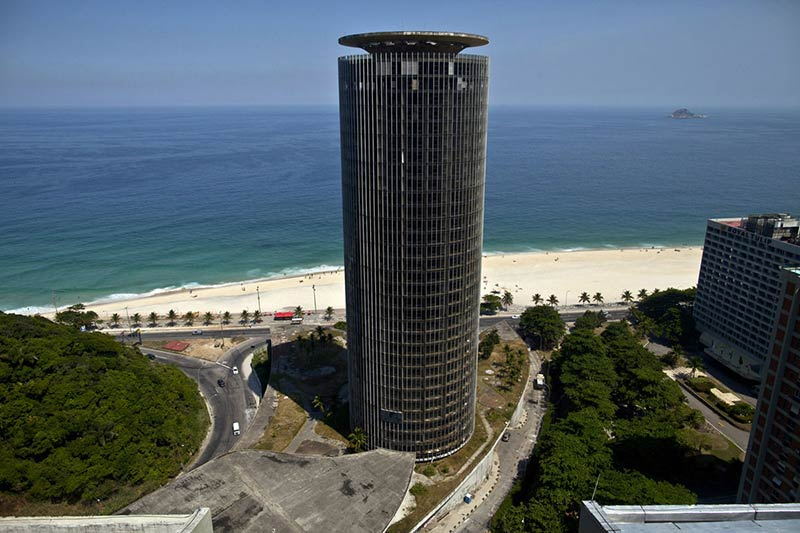 Closed for 20 Years, Hotel Designed by Oscar Niemeyer Reopens in Rio