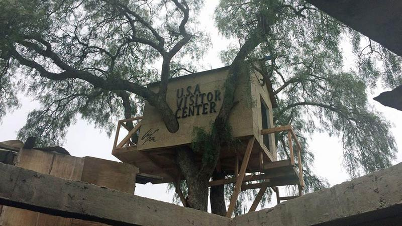 The Tijuana treehouse that peeks across the border