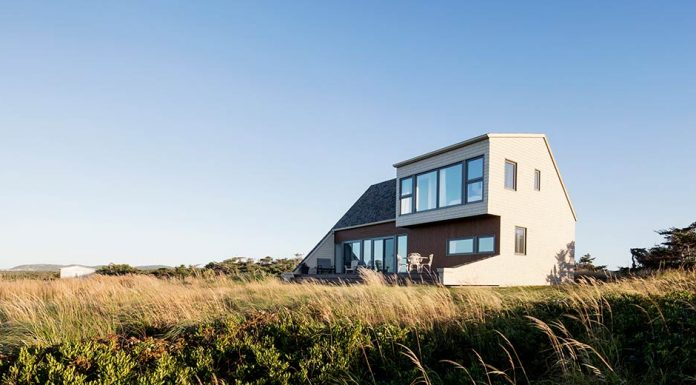 West Dune House by Bourgeois / Lechasseur architects