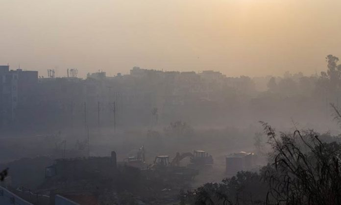 Delhi's deadly dust: how construction sites are choking the city