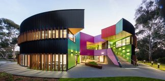 Ivanhoe Grammar Senior Years & Science Centre / McBride Charles Ryan