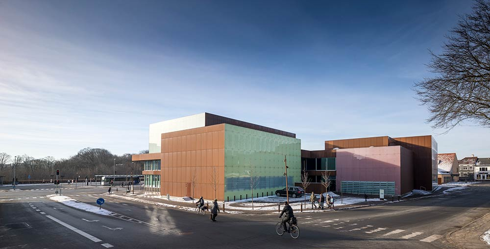 The new Vendsyssel Theatre, designed by Schmidt Hammer Lassen, opens to a sell-out season in Hjørring, Denmark