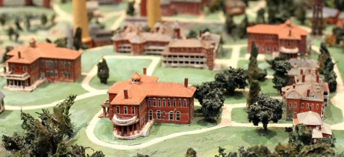 The U.S. government was so proud of St. Elizabeths, it had a model made and trotted it around to exhibitions