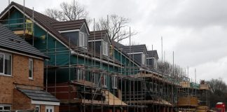 Builders turn to prefab homes in Brexit Britain