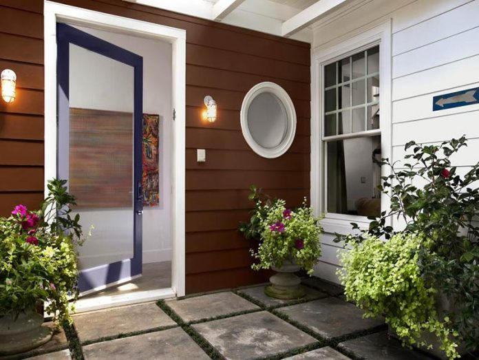 6 innovative ways to enhance your door entrances