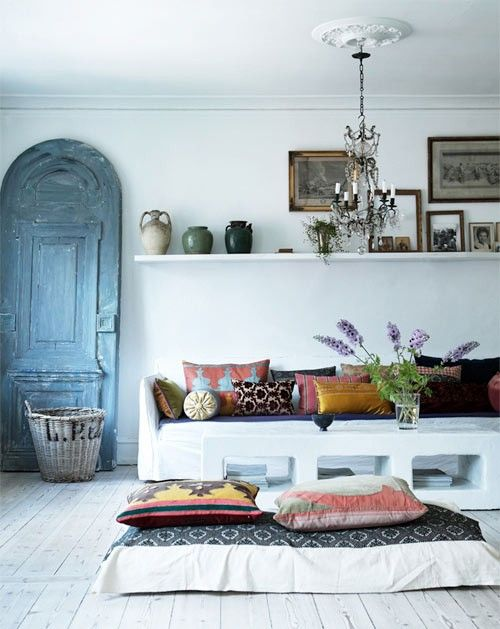 38 Brilliant Floor Level Sofa Designs To Boost Your Comfort
