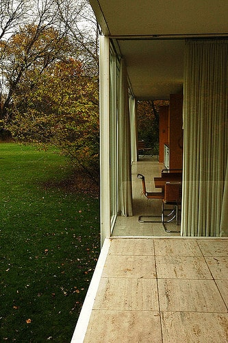 The Farnsworth House By Mies Van Der Rohe Classics On