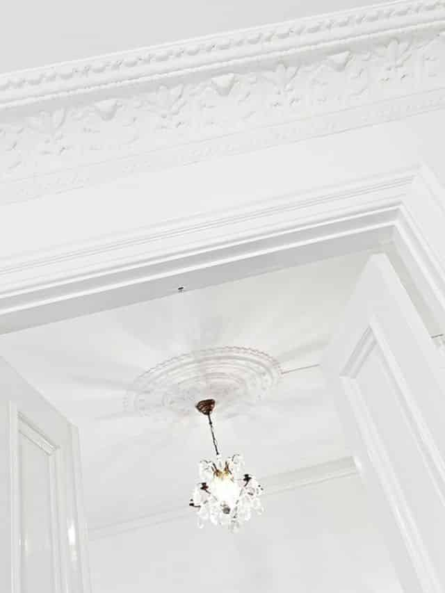 Ceiling moldings 2