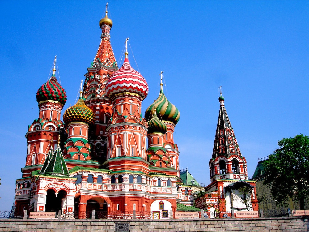 famous architecture buildings around the world. 12. St. Basil Cathedral, Moscow Famous Architecture Buildings Around The World T