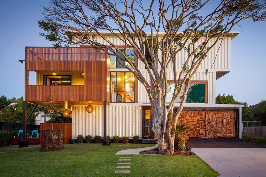 Australiau0027s Biggest Shipping Container Home built by