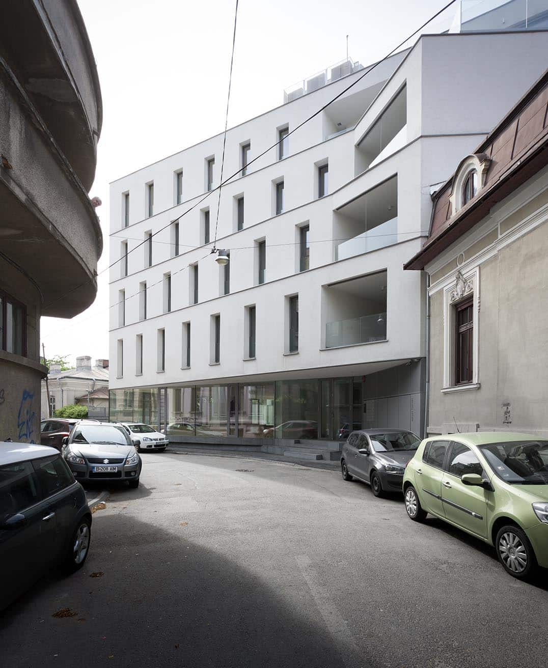 Aaron florian residential building streeet view foto © andrei margescu 2