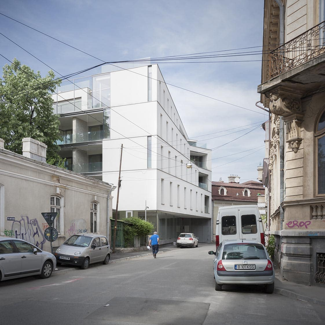 Aaron florian residential building view from i. L. Caragiale street foto © andrei margescu