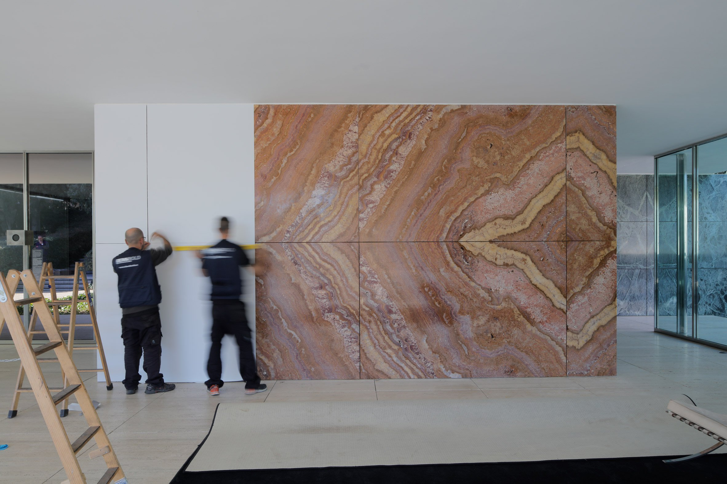 Marble Walls Whitened Temporarily in Mies van der Rohe\'s Pavilion