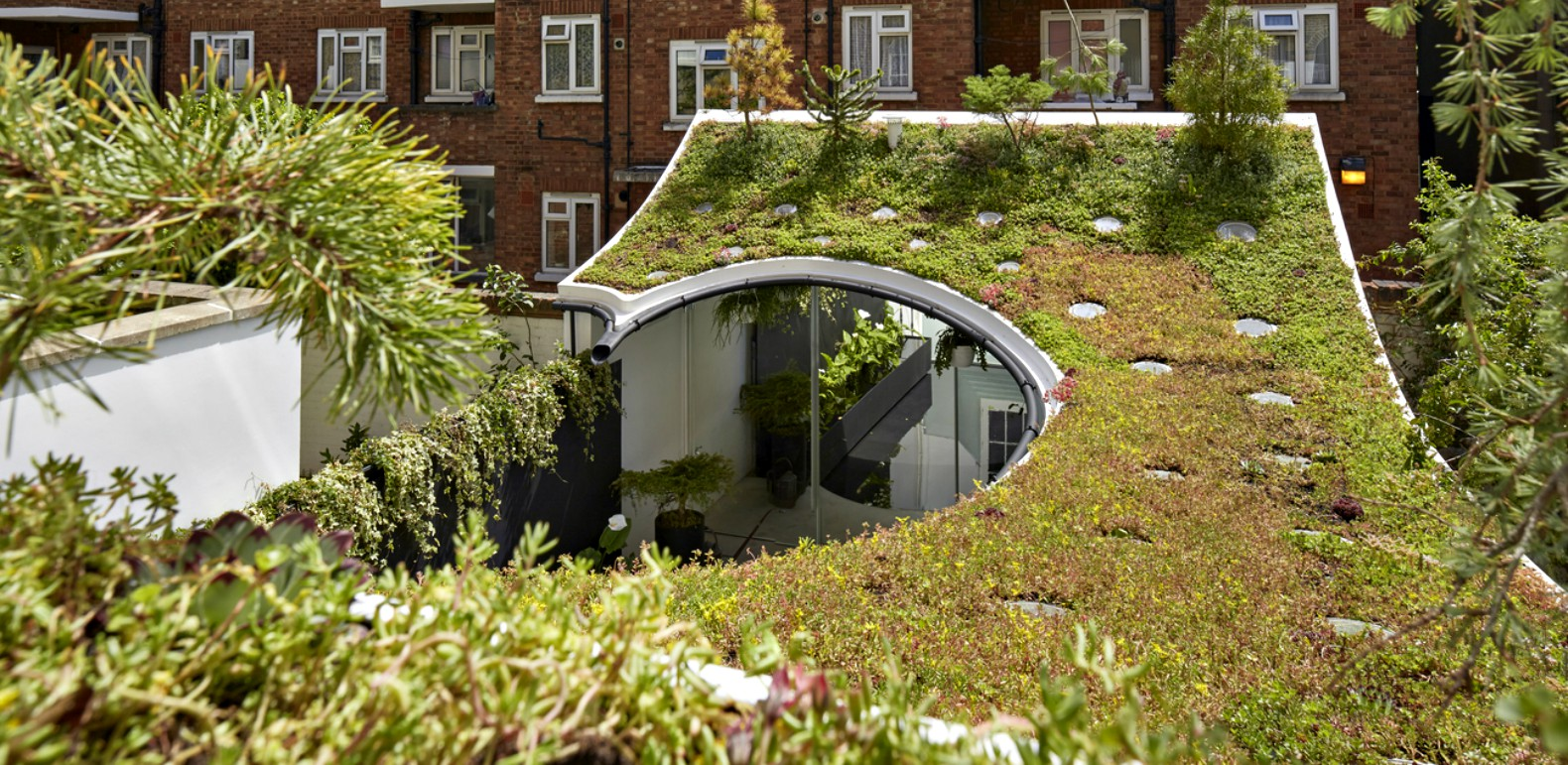 Buildings In Any Region Can Find Advantage In Green Roofs, But City  Environments Are Particularly Good Places To Incorporate These Living Roof  Systems.