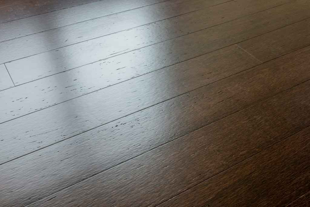 Bamboo 101 pros and cons of bamboo flooring for Cons 101